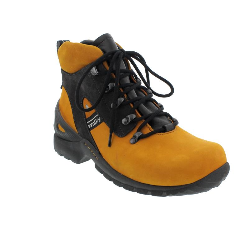 Wolky Traction WP Bootie, Oiled nubuck, Dark  ochre 0650516-925
