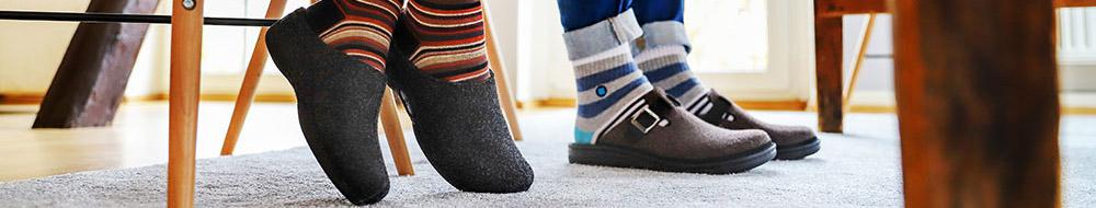 Hausschuhe bei Schuh Vormbrock